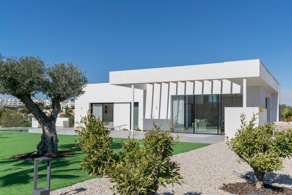 Detached Villa <span>·</span> new-builds <span>·</span> Costa Blanca South