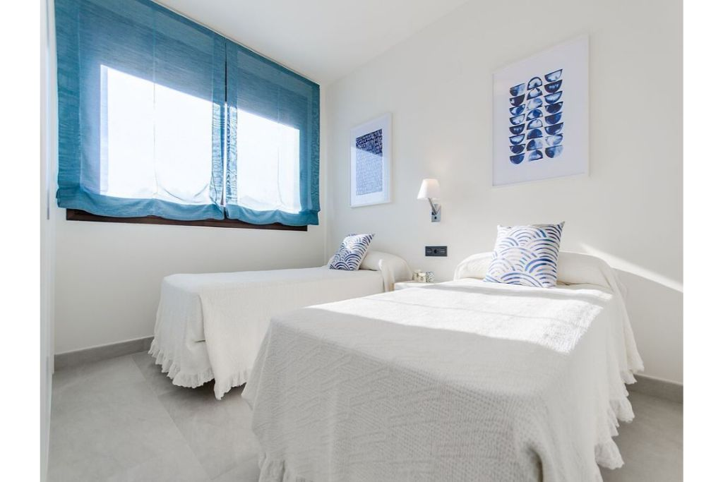 3 bedroom Apartment for sale in Torrevieja image 1