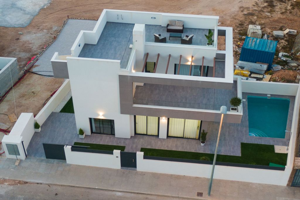 3 bedroom Villa for sale in Los Montesinos image 1